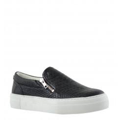 CULT SLIP ON