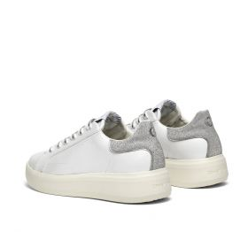 CRIME LONDON SNEAKERS LOW TOP LEVEL UP