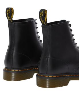 DR. MARTENS ANFIBI GREASY
