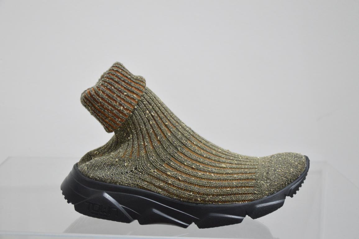 Town sock hi top sneakers